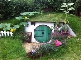 How To Build A Hobbit House In Your Backyard   Bored Pandadiy hobbit house backyard ashley yeates