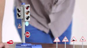 Светофор и <b>набор</b> дорожных знаков <b>Dickie</b> - YouTube