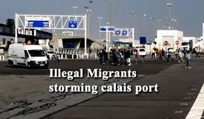 Hasil gambar untuk calais port migrants