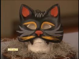 Video: <b>Black Cat</b> Mask For Halloween | Martha Stewart