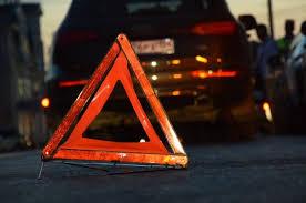 Как правильно установить <b>знак аварийной остановки</b> ...