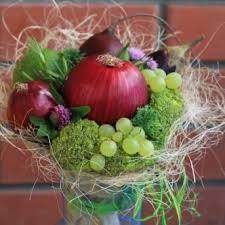 <b>Эксклюзивные букеты</b> из фруктов и овощей в Перми.   Овощи ...
