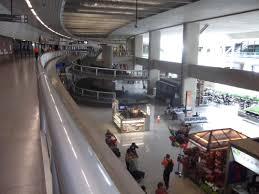 Aéroport international Tancredo Neves
