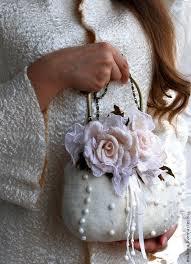 Валяная сумочка <b>Белые</b> розы | Сумки из бисера, Валяние ...