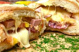 <b>Большой</b> горячий <b>бутерброд</b>. Оригинальная закуска для всей ...