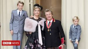 Sir <b>Rod Stewart</b> knighted at Buckingham Palace - BBC News