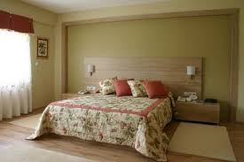 choosing paint colours for bedroom