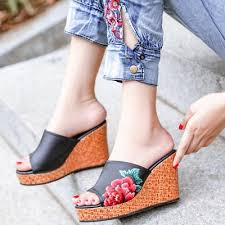 Spring and Summer New <b>Flat Bottom Slope with</b> Fish Mouth ...