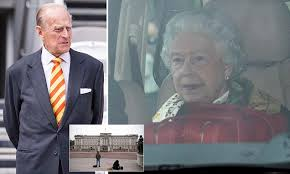 The Queen calls emergency meeting at Buckingham Palace | Daily ...