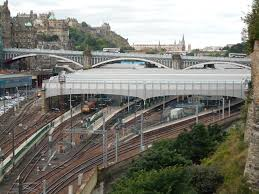 Estación de Edimburgo-Waverley