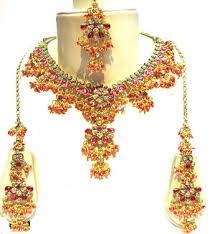 اكسسوارات العروس الهندية images?q=tbn:ANd9GcQ