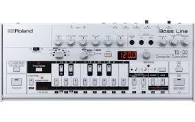 Бас-синтезатор <b>ROLAND</b> TB-03
