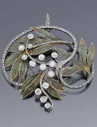 An Art <b>Nouveau</b> pendant, probably by Lucien Hirtz, <b>Paris</b>, circa 1900 ...