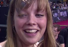 <b>Anne Wünsche</b> ist schwanger. Bildquelle: Promiflash - Lizenzbedingungen für <b>...</b> - anne-wuensche-mit-piercings