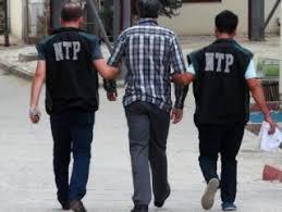 Isparta'da 33 öğretmene gözaltı