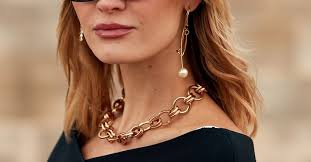 8 Outdated <b>Jewelry Trends</b>—and What to <b>Buy</b> Instead   Who What ...