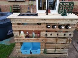 diy pallet patio furniture. diy making your own pallet patio furniture diy o