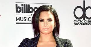 Demi Lovato Returns to Twitter Less Than 24 Hours After Quitting | E ...