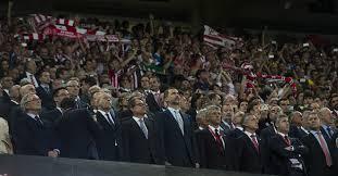 Resultat d'imatges de pitada copa rey futbol