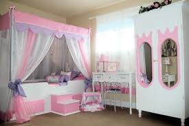 white wooden for poster canopy bed for girl bedroom using white curtain and pink valance combined bedroom furniture for tweens