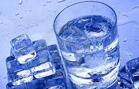 نتیجه تصویری برای عکس لیوان آب یخ