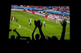 <b>Футбол</b> на большом экране