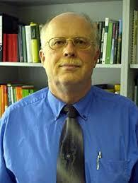 Dr. <b>Alfred Blume</b>. Prof. Dr. Wulf Diepenbrock wurde 1947 geboren. - 11diepen