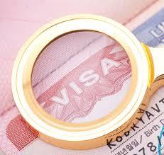 Получить визу в Канаду.