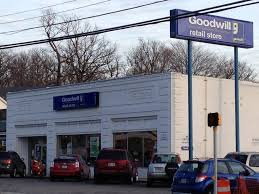 Goodwill - 30 Photos & 33 Reviews - Thrift Stores - 4714 Columbia ...