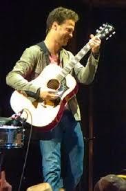 Justin Guarini - Wikipedia