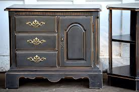 1000 images about chalk paint ideas on pinterest black chalk paint painted bedroom furniture and glitter glue black painted furniture ideas