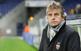 تعيين غروكوف مدربا للفريق الجزائري