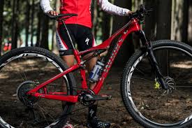 Mountain bike <b>frame</b> materials: <b>Alloy</b> vs carbon **quiz**