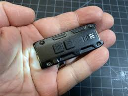 <b>Nitecore TIP SE Dual-Core</b> keychain EDC flashlight review - The ...