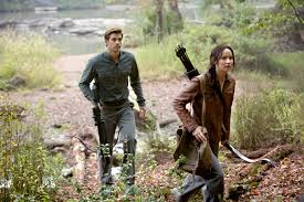 retrospective review the hunger games mockingjay part  district13 7 katniss and gale hunt
