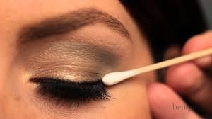 <b>Benefit</b> How-To: Apply your <b>lash</b> lovelies - YouTube