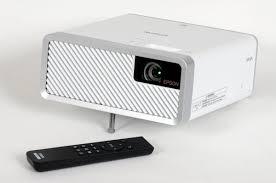 <b>Epson EF</b>-<b>100W</b> – мобильный и лазерный!. Тест стильного ...