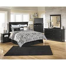signature design by ashley maribel 4 piece queen bedroom set in black bedroom set light wood vera