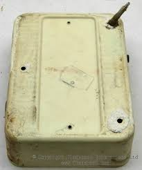 gec metal 3 way fusebox old gec 3 way metal fusebox rear base
