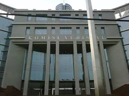 Hasil gambar untuk upload foto komisi yudisial