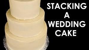 How to Make a <b>Wedding Cake</b>: Stacking a <b>3 Tier Wedding Cake</b> ...
