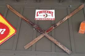cabin decor lodge sled: vintage skis rustic home decor guide