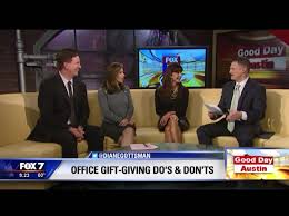 office gift giving do s don ts by etiquette expert diane office gift giving do s don ts by etiquette expert diane gottsman