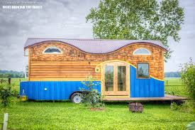 pequod tiny house exterior boulder tiny house front