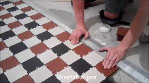 Укладка метлахской плитки <b>TopCer</b> (Топчер) на кухне - YouTube