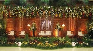dekorasi pelaminan adat jawa: Inilah 8 dekorasi pernikahan murah dan bagus di rumah beserta harganya