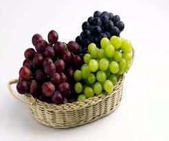 فوائد العنب للكلى