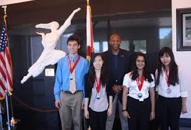dupont challenge science essay winners announced junior division winners l r mike espy 2nd place tie nicole kim 1st kelvin manning associate director of business operations ksc roshni sethi 2nd