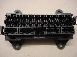 surface mount 16 way automotive bottom entry fuse box surface mount 16 way bottom entry fuse box