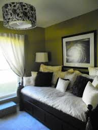 1000 ideas about spare bedroom office on pinterest bedroom office combo murphy beds and desk ideas bedroom and office